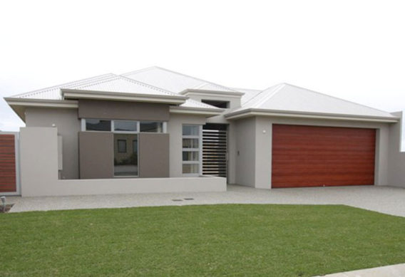 Single Storey Canal Home