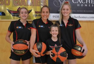 'We're all sisters': How a tight-knit culture is driving women's basketball in Mandurah